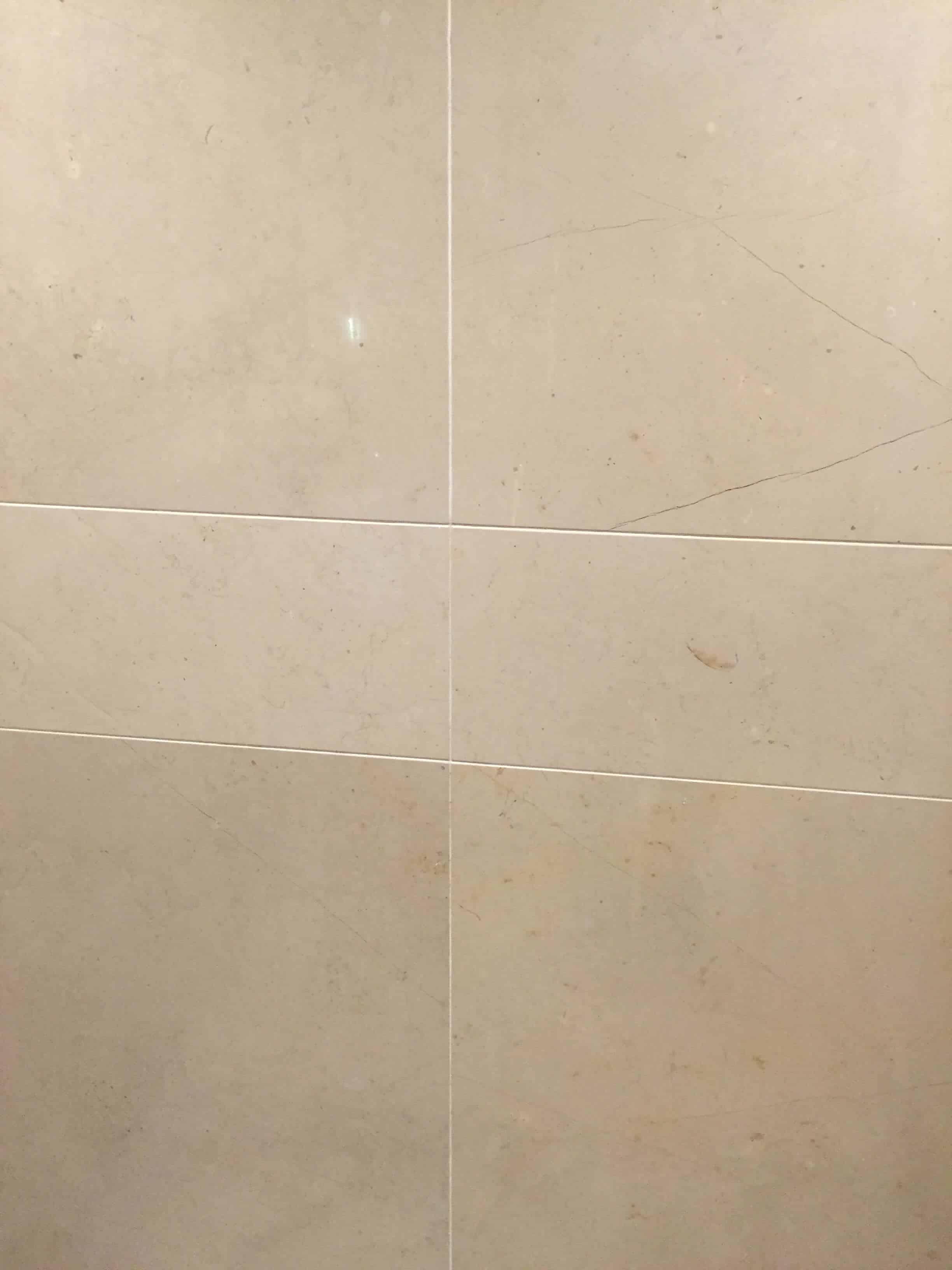 Travertine wall polish