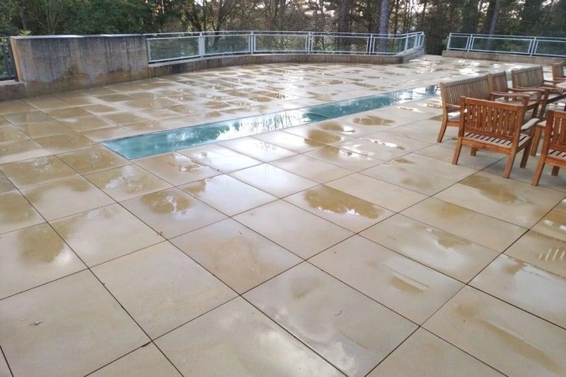 Clean outside sandstone6