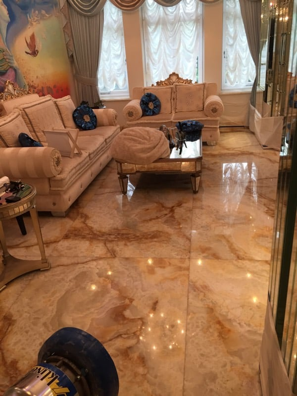 Onyx floor2