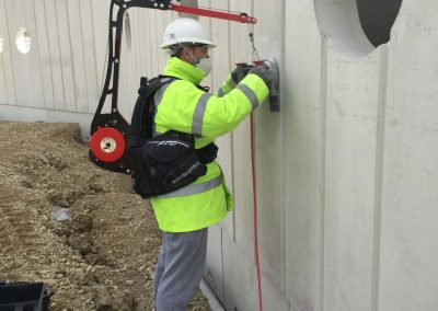 Concrete wall grinding and polishing